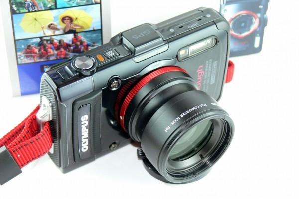 Olympus TG-2 - Outdoor Kamera - mit Telekonverter - TCON-T01