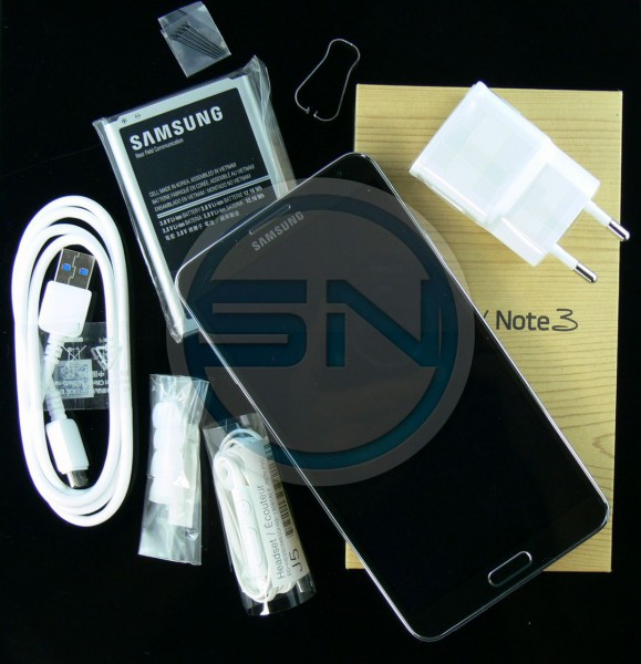 Samsung Galaxy Note 3 - Unboxing - SmartTechNews