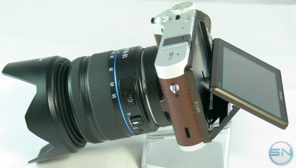 smartcamnews.eu-samsung nx300-display klappbar