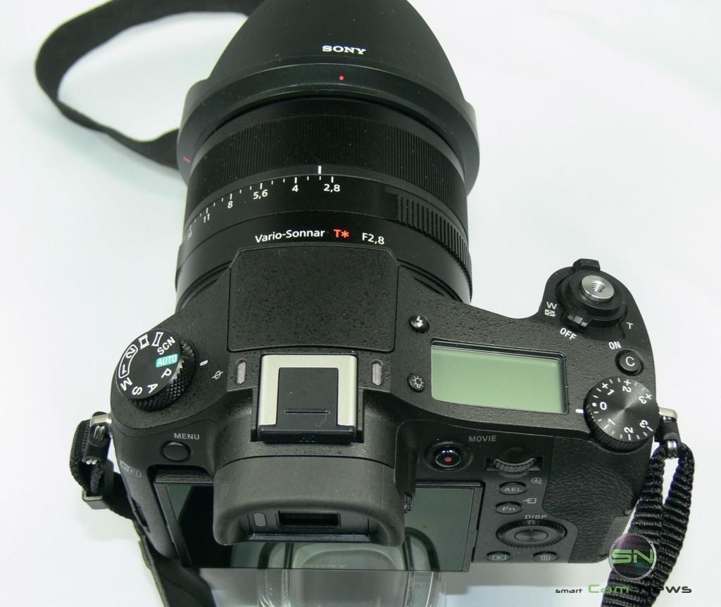 Ansicht von Oben - Kontrolldisplay - Sony RX10 - smartcamnews.eu