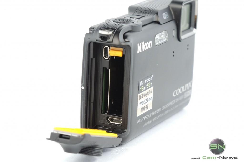Akku, SD & Ladeanschlüße - Nikon AW120 - SmartCamNews