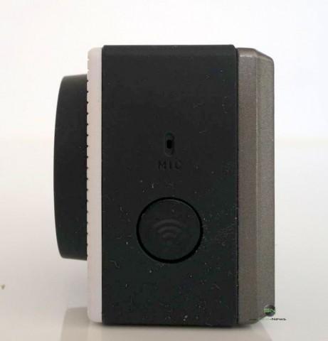 Seitenansicht mit Wifi Button - Somikon DV800Wifi - SmartCamNews