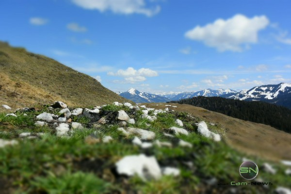 Grüner Streifen - Nikon 1 V3 - SmartCamNews