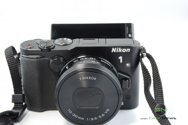 Keine Selfie Funktion - Nikon 1 V3 - SmartCamNews