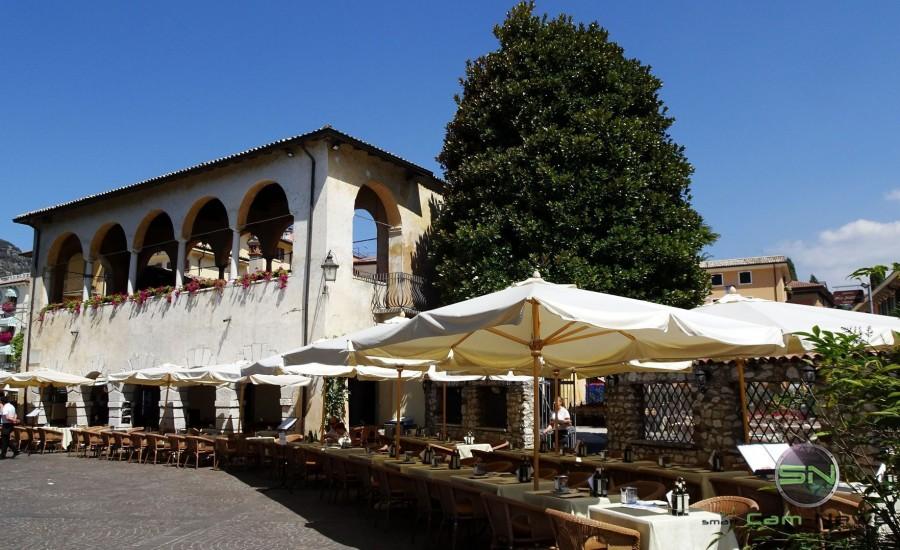 Restaurant an der Promenade - Sony HX90V - SmartCamNews