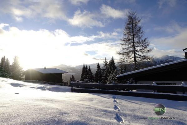 erste Spuren im Schnee - Sony RX100mIV - SmartCamNews