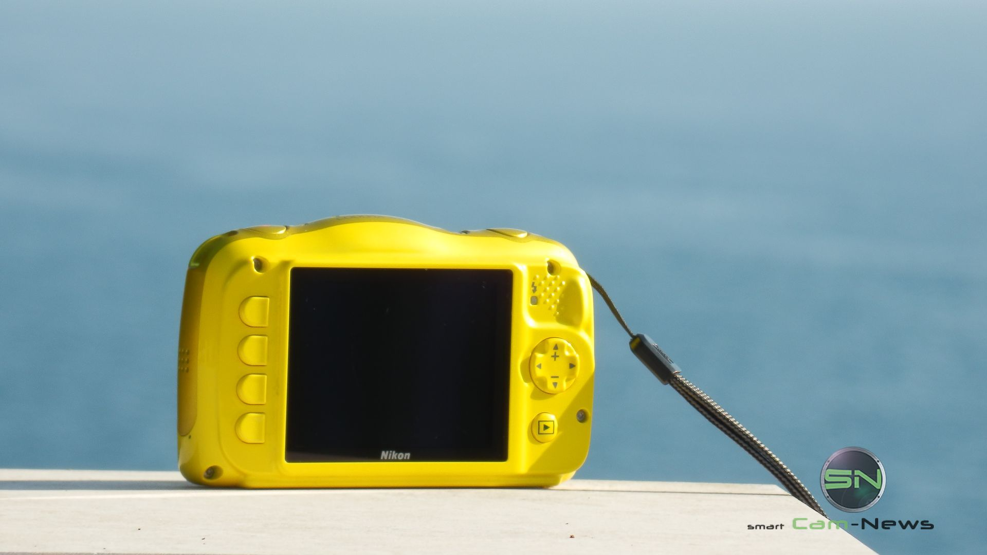 Rückseite Nikon Coolpix S33 Outdoor Kids Cam