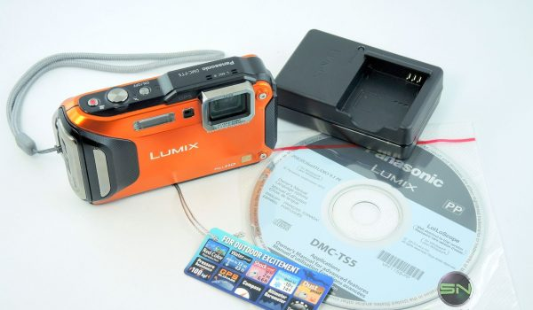 Unboxing - Panasonic DMC-FT5