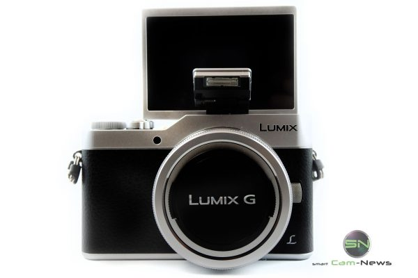 Selfie Display Panasonic GX800K - SmartCamNews