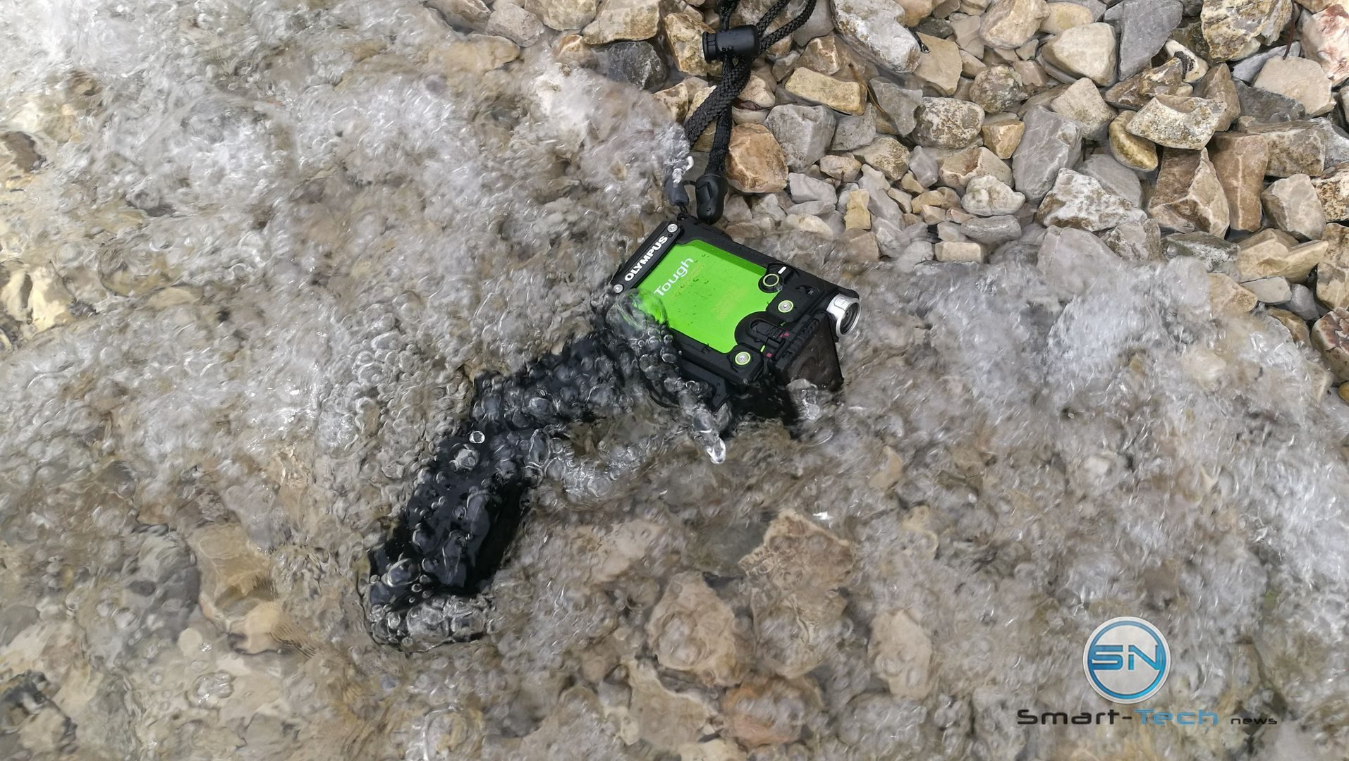 cold Water - Olympus TG Tracker Achensee Tirol - SmartTechNews