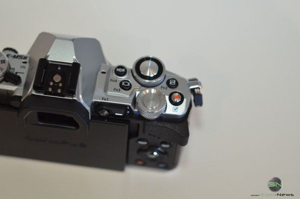 Olympus OMD EM5 Mark 2 - Smartcamnews - Produktbild 41