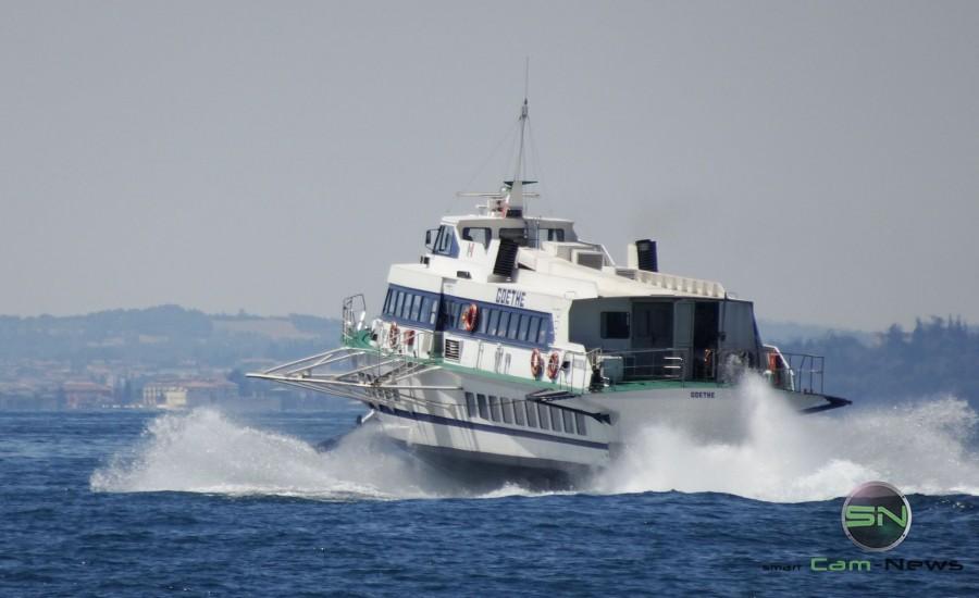 Speedboot am Gardasee - Sony HX90V - SmartCamNews