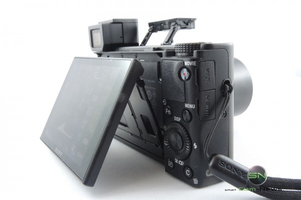 Bedienfeld - Klappdisplay . Blitz - Sucher - Sony RX100mIV - SmartCamNews