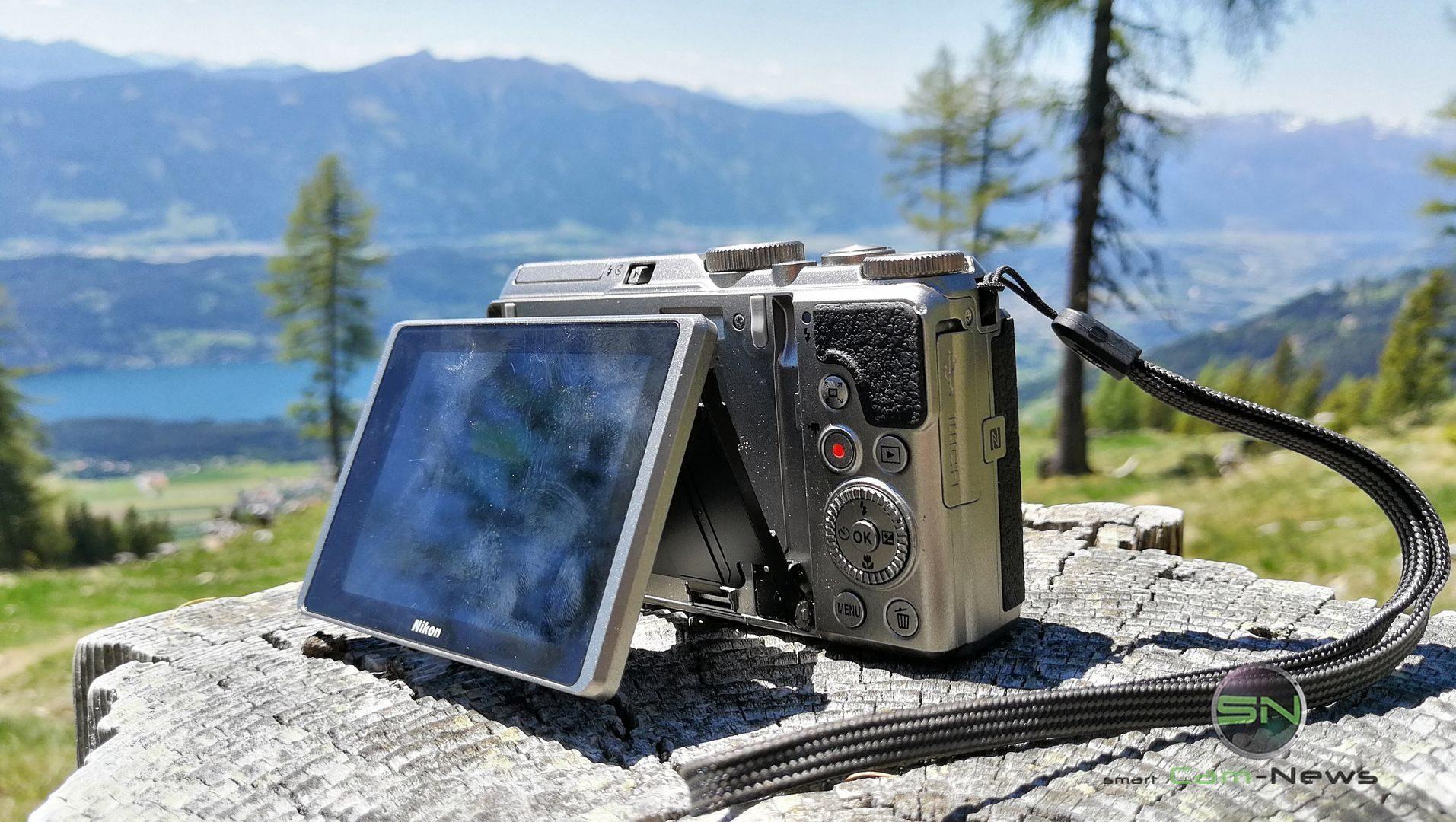 Klappdisplay Position 1 - Nikon Coolpix A900 MegaZoom - Millstättersee - SmartCamNews