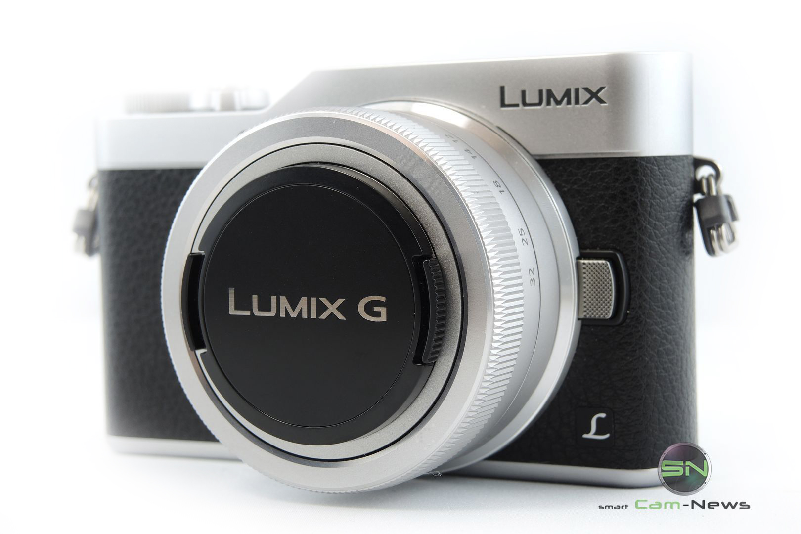 Panasonic GX800K Social Media Systemkamera mit Selfie Display