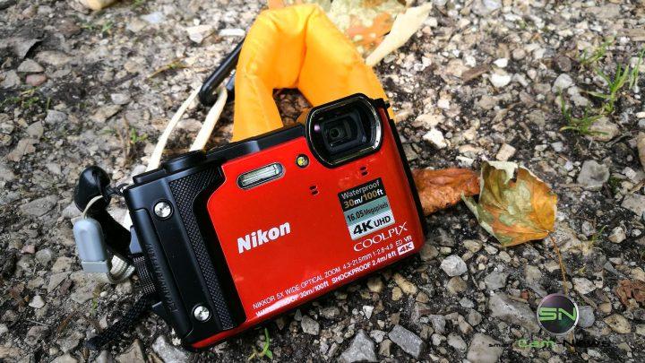 Nikon W300 Outdoor Kamera zwischen Hawaii und Gebirgssee