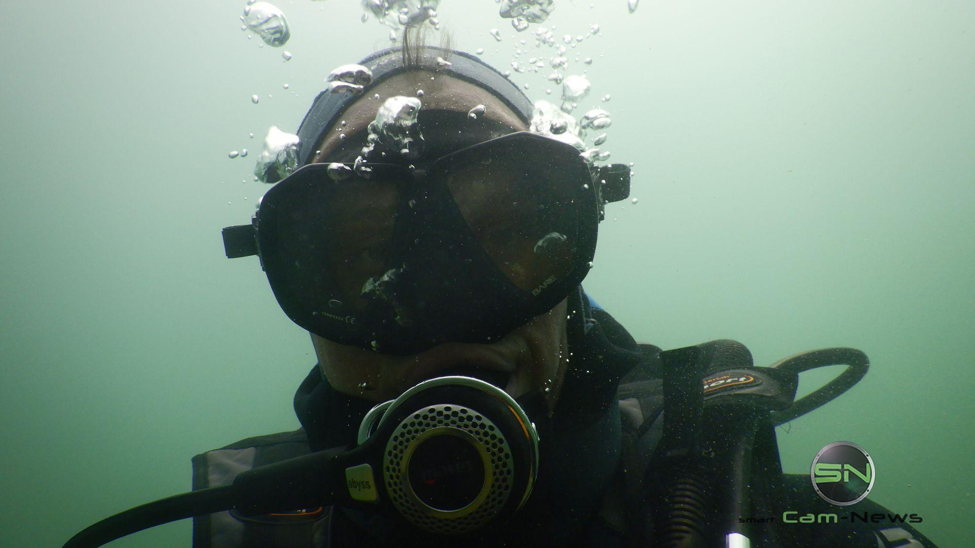 Diver Selfie - Hawaii - Nikon W300