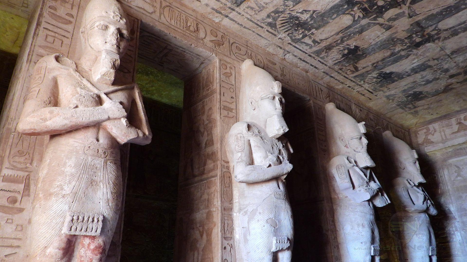 AbuSimbel EMotion Tempel Statuen - Nikon Coolpix P1000 - SmartCamNews